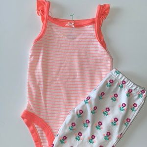 🛍Cute Little Girls Outfit size 6 months